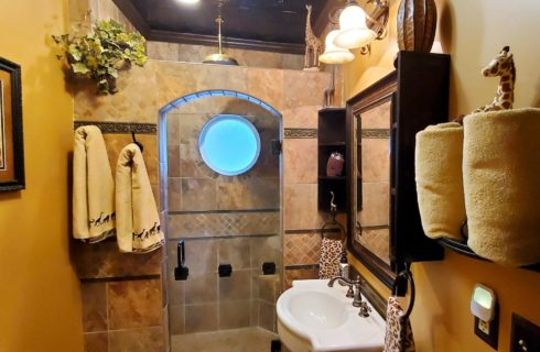 Rain forest showerhead in large two person shower